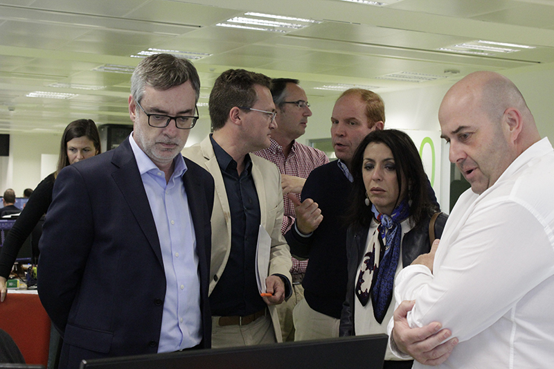 Marta Bosquet, president of the Andalusian Parliament, visits our facilities at the Technology Park of Almería